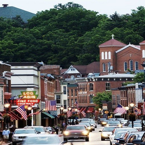 10 Most Beautiful Towns in the US