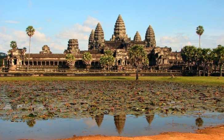 A Complete Guide to The Angkor Wat Temples